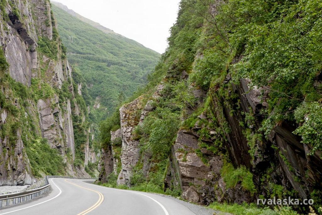 rvalaska-richardson-highway-glennallen-valdez-Keystone-Canyon-7540
