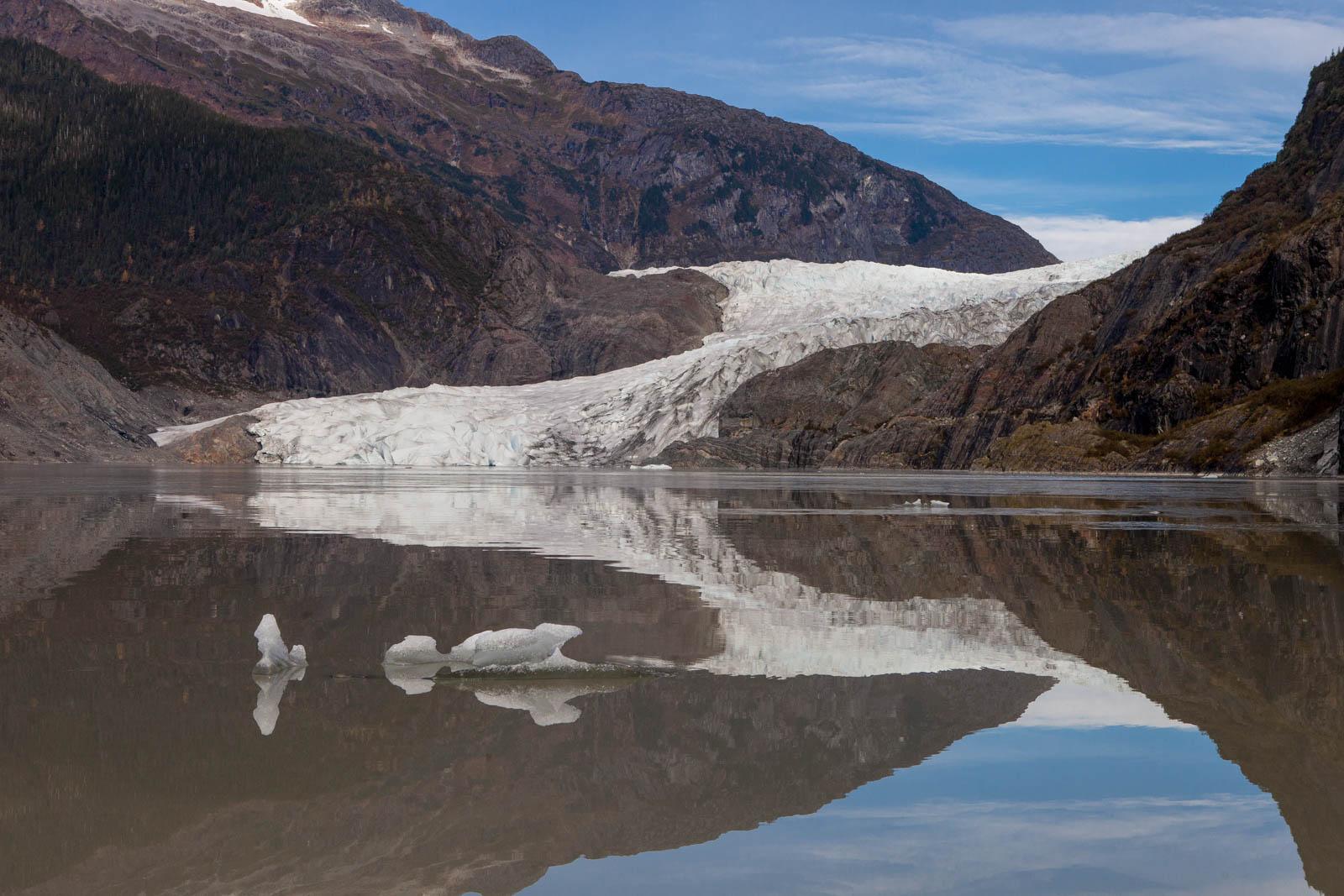 rv-alaska-mendenhall-glacier-1155