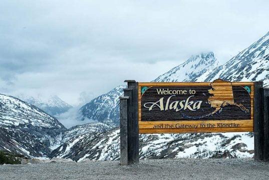 Alaska Yukon Border South Klondike Highway