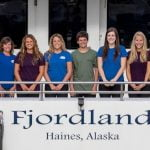 alaska-fjordlines-crew