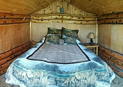 Ranch House Lodge bed