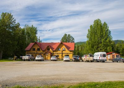 Liard-Hot-Springs-Lodge-Front-IMG_5951