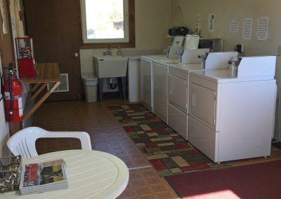 Nenana-Camping-Laundry-Room-IMG_6524
