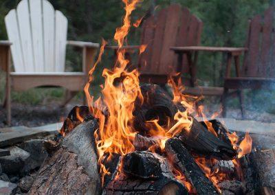Tundra-RV-Campfire=tok-alaska