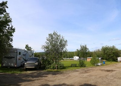 IMG_4580-charlie-lake-rv-park-alaska-highway